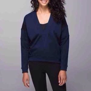 Lululemon M Navy Blue Deep V-Neck Sweatshirt